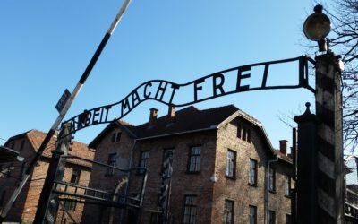 Hélène Ryckmans visite Auschwitz