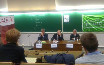 Stéphane Hazée, invité de la conférence-débat sur «le dossier Publifin, le monde des intercommunales crypté » à Louvain-la-Neuve