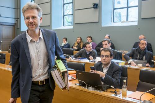 Rapport intermédiaire de la Commission d'enquête Publifin  : le choix de l'assainissement des pratiques politiques